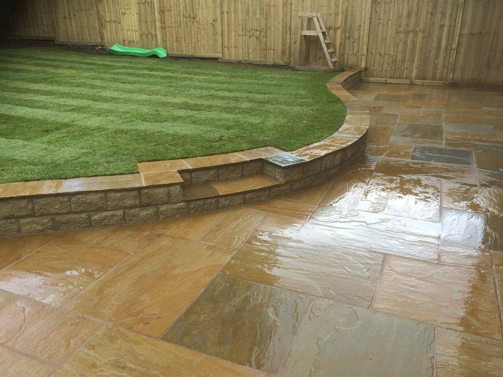 Raised Curved Lawn